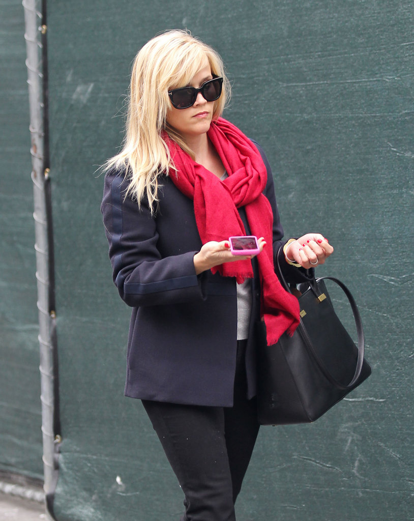 Reese Witherspoon Gets in the Holiday Spirit With a Bright Red Manicure
