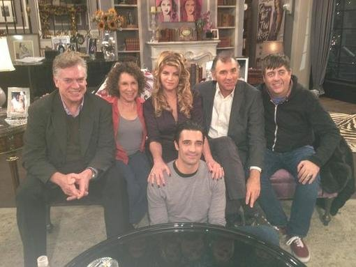 Kirstie Alley tweeted a picture of her show's cast, including Michael Richards. Source: Twitter user kirstiealley