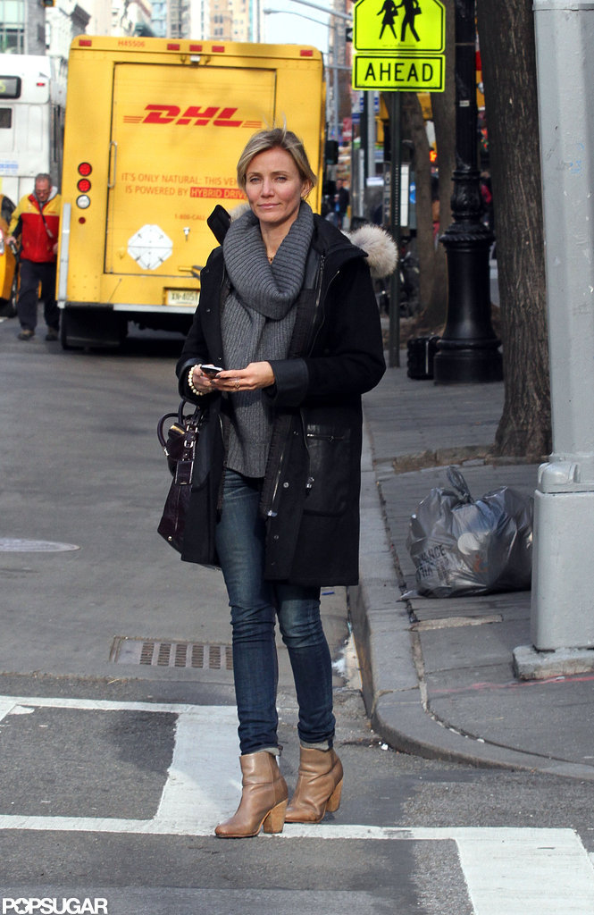 Cameron Diaz Hits the Streets While Her Pals Rack Up Golden Globe Nods