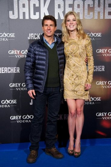 Tom Cruise and Rosamund Pike posed in Madrid.