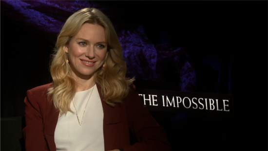 "Naomi Watts Talks Award Season ""Angst"" Prior to Her Golden Globe Nod"