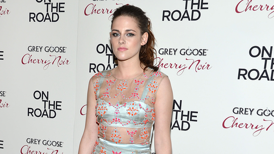 "Video: Kristen's Sheer Premiere Outfit & Her ""Wild"" On The Road Role!"