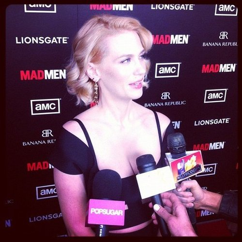 January Jones looked stunning in a sexy cutout dress at the Mad Men premiere.