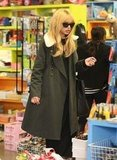 Rachel Zoe looked chic in an army-green coat.
