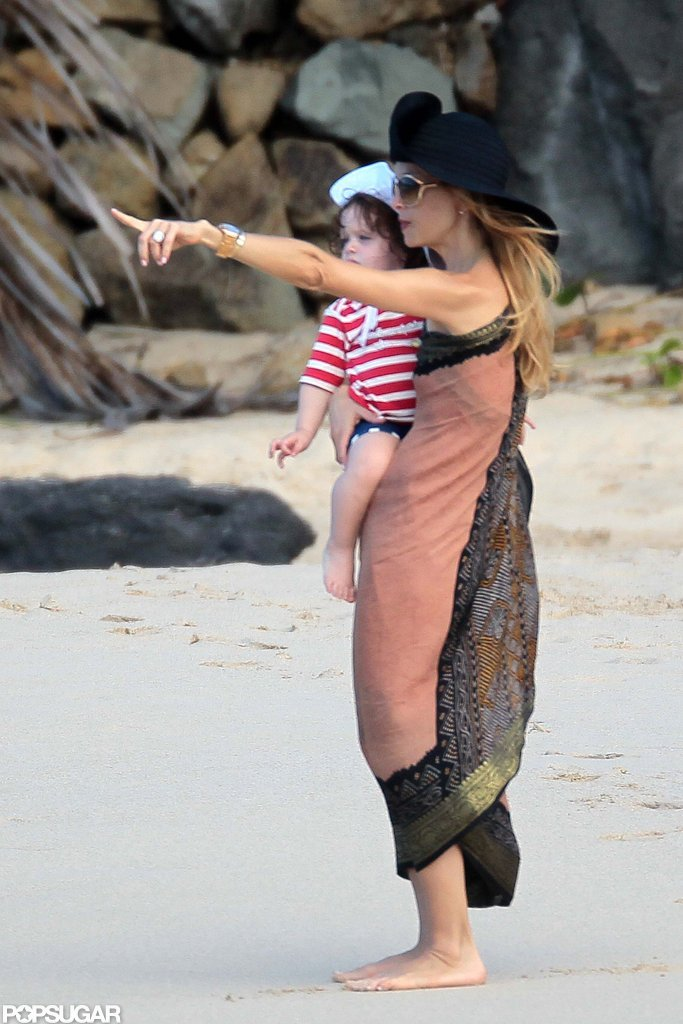 Rachel Zoe showed her son Skyler the ocean.