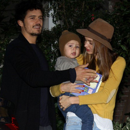 Miranda Kerr and Orlando Bloom at a Holiday Party With Flynn