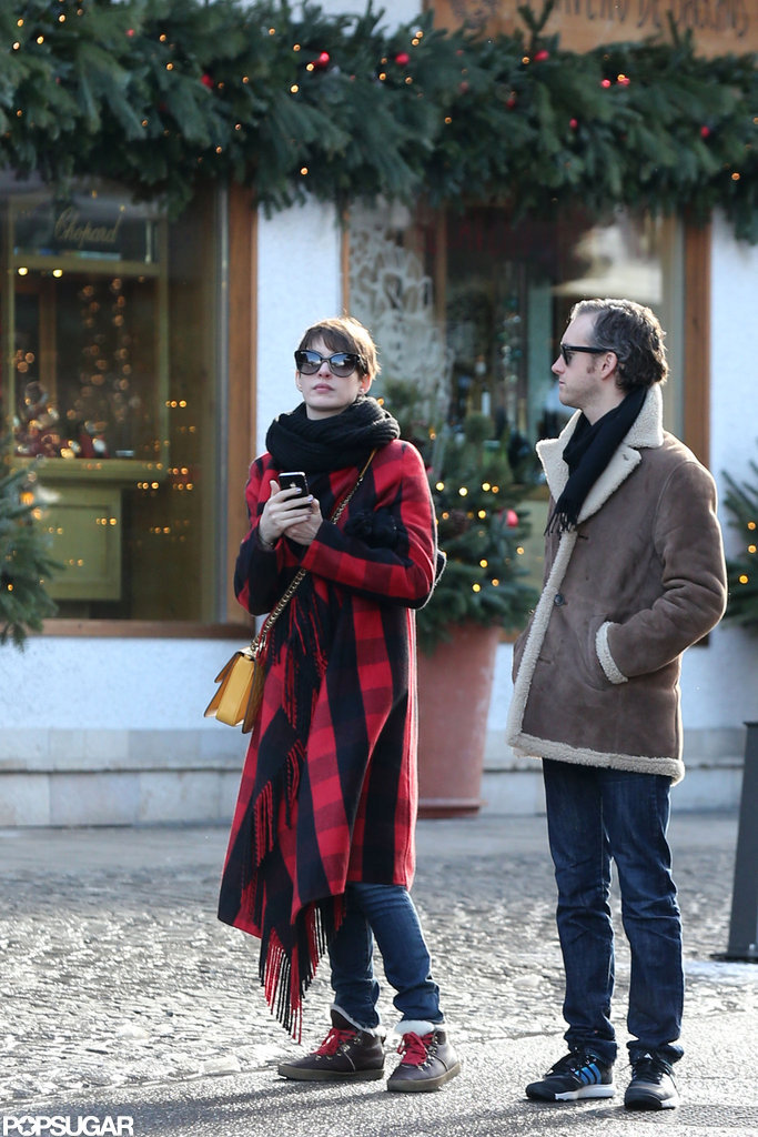 Anne Hathaway and Adam Shulman vacationed at Valentino's house.