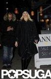 Gwen Stefani took an evening stroll in London.