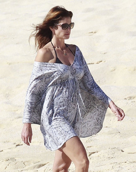 Cindy Crawford enjoyed the beach.