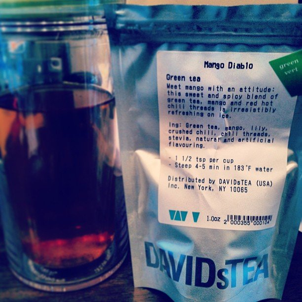 This green tea not only packs in the antioxidants, but it also helps give the body a little endorphin rush from the spicy kick of cayenne. Source: Instagram user jess_escalona