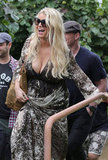 Jessica Simpson laughed while out in Hawaii.