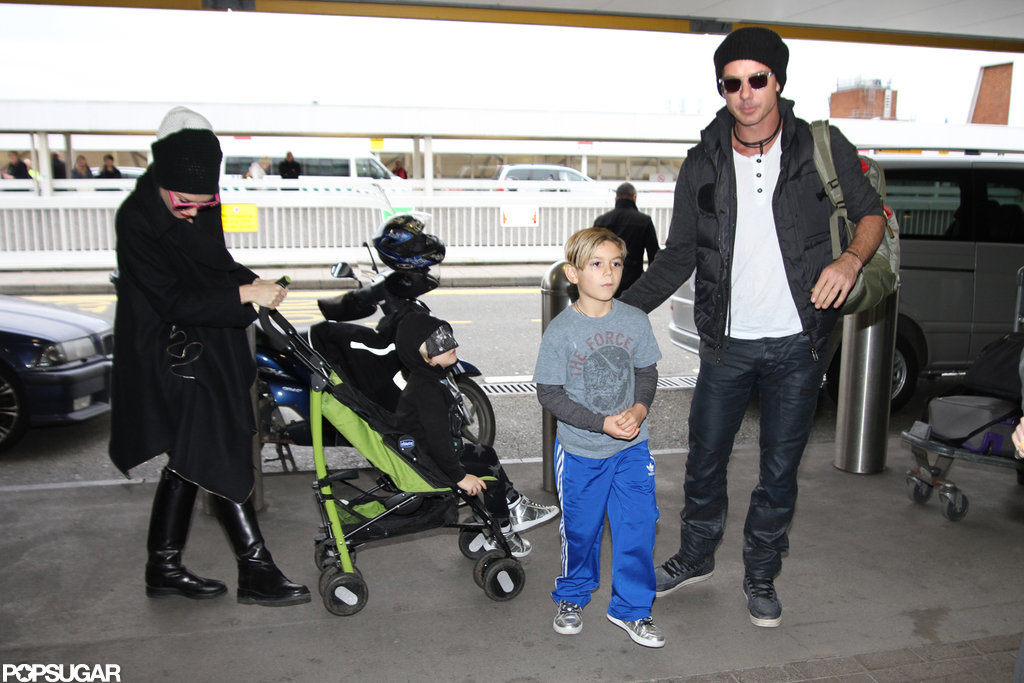 Gwen Stefani and Gavin Rossdale took their boys, Zuma and Kingston, to the airport in London.