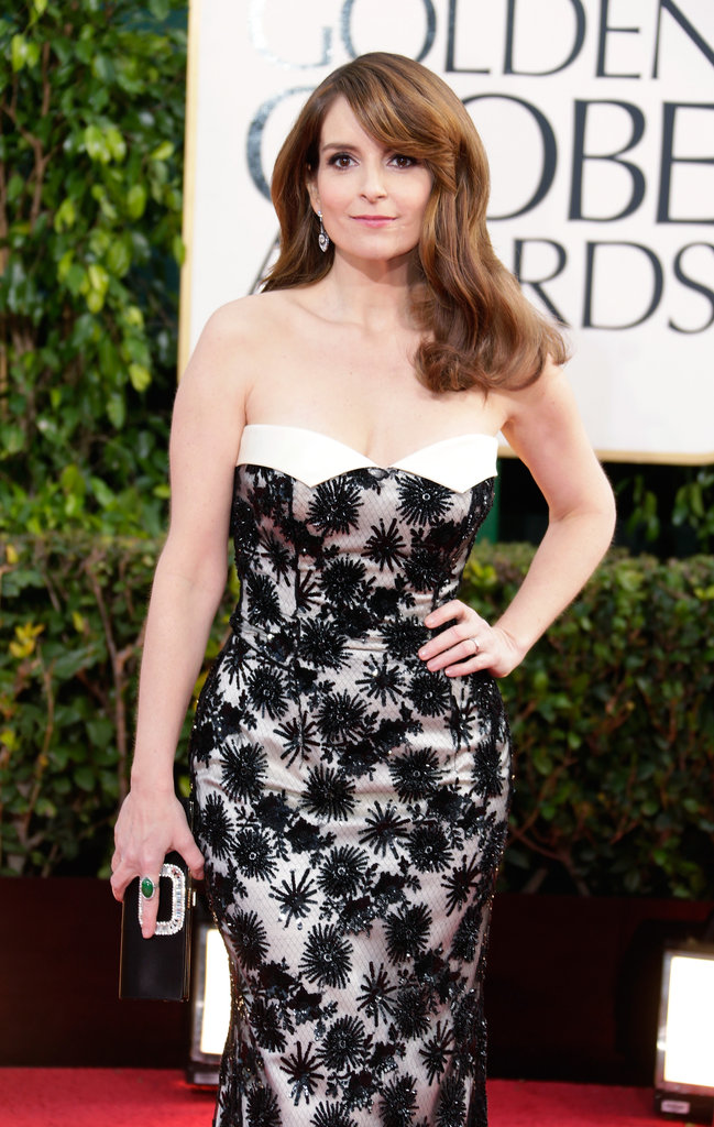 Wearing a floral L'Wren Scott gown, mom of two Tina Fey looked positively sweet on the red carpet.