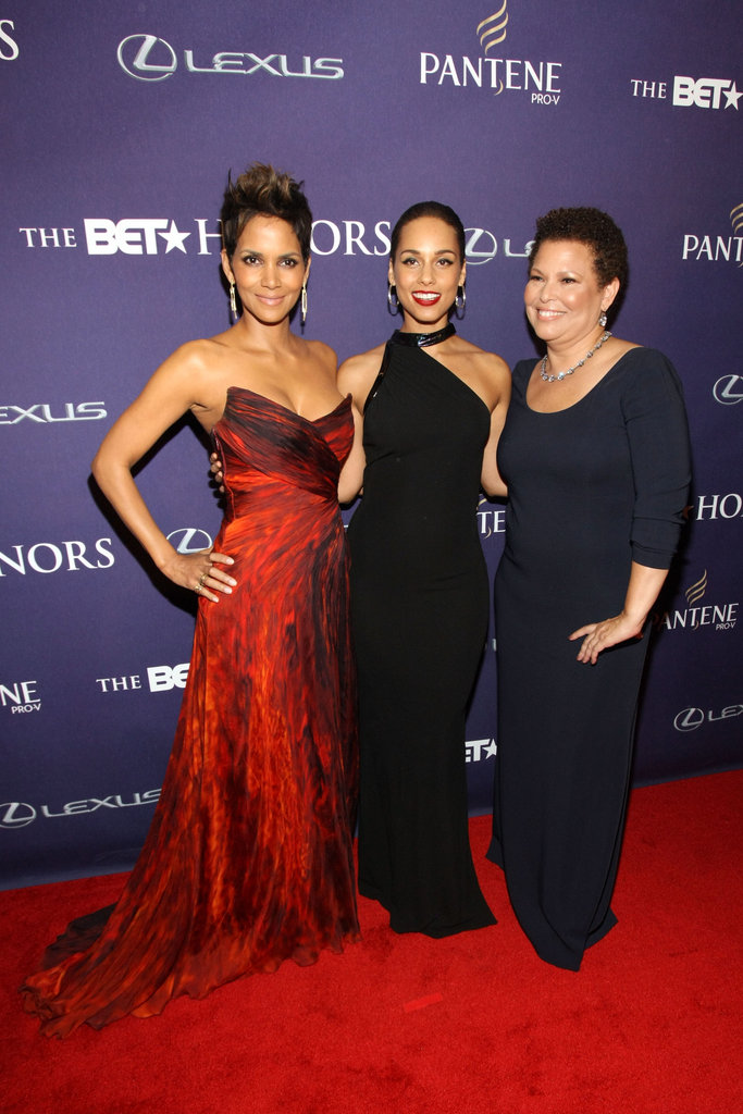 Halle Berry and Alicia Keys Get Glam For the 2013 BET Honors
