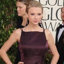 Taylor Swift at the Golden Globes 2013 | Pictures