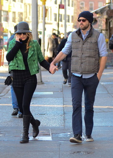 Blake Lively wore a green coat. Source: BSP/X17online.com