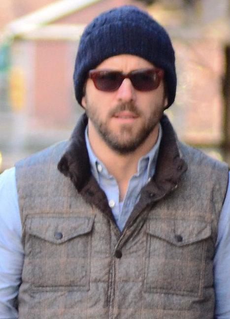 Ryan Reynolds stayed warm with a puffy vest. Source: BSP/X17online.com