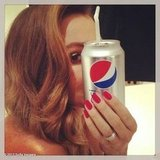 Sofia Vergara showed off the Pepsi red nails she'll have for the Golden Globes.  Source: Sofia Vergara on WhoSay