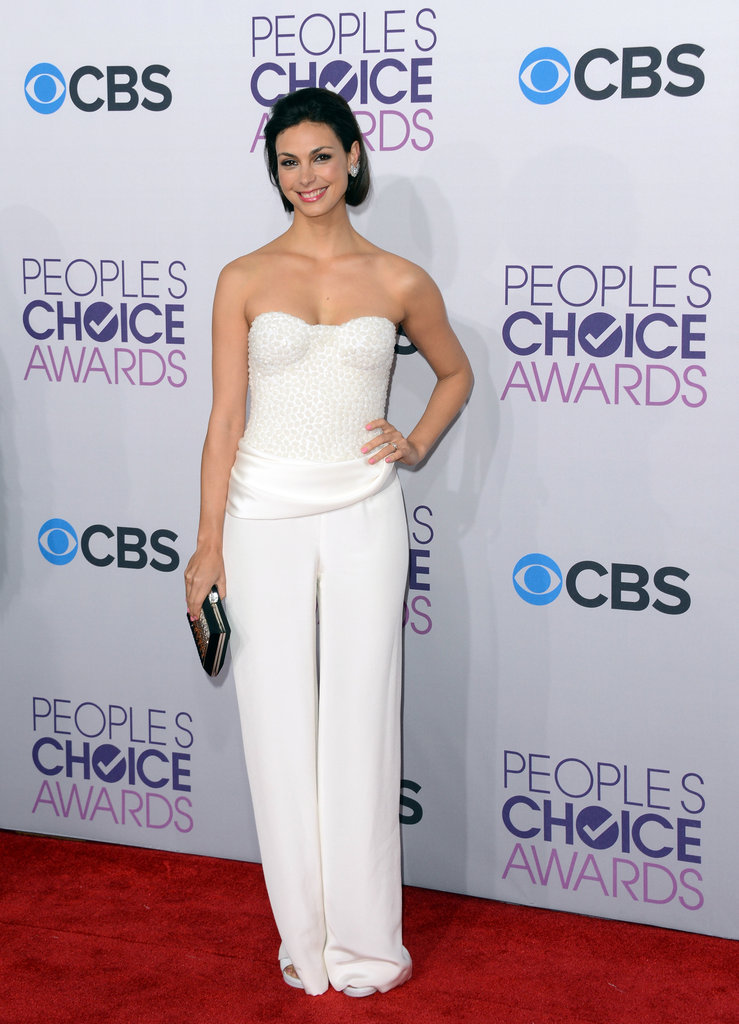 Homeland's Morena Baccarin wore a white pantsuit to the People's Choice Awards.