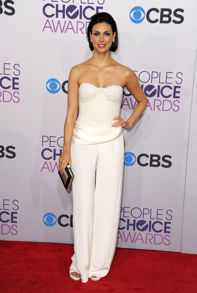 Homeland's Morena Baccarin wore a white look to the People's Choice Awards.