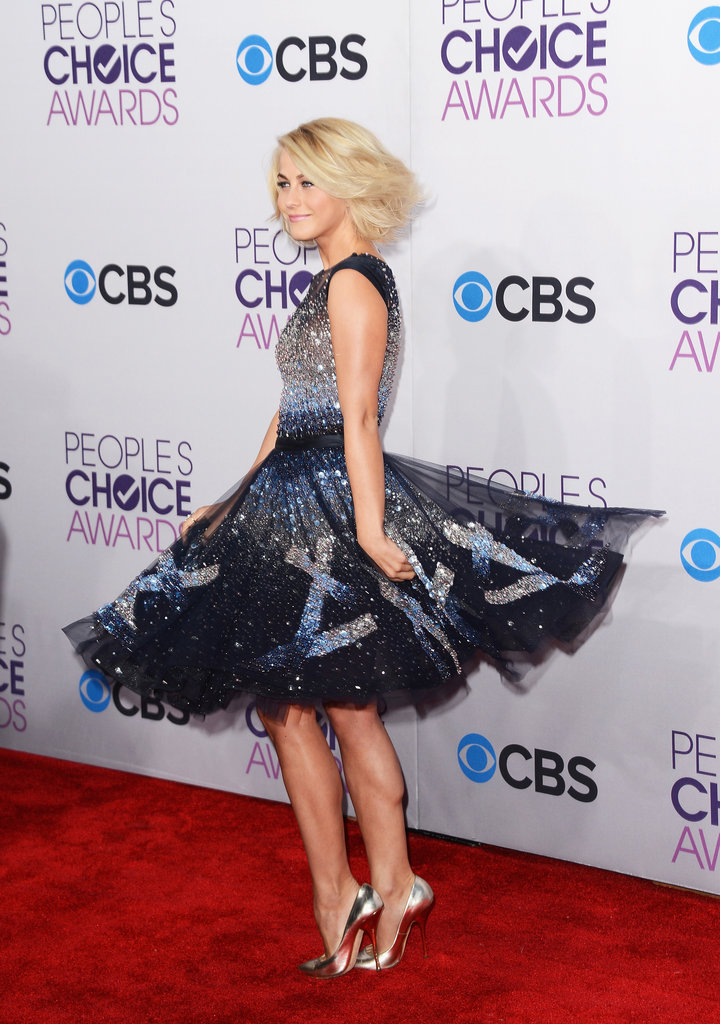 Julianne Hough spun while posing for photos.
