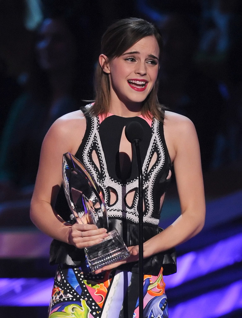 Emma Watson Celebrates Her PCA Win With Eddie Redmayne