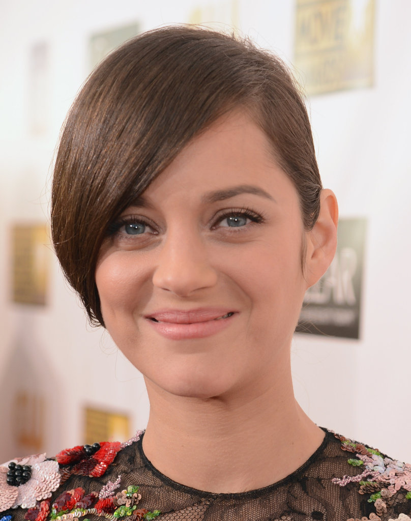 Marion Cotillard wore her hair back for the Critics' Choice Awards.