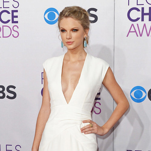 Taylor Swift Sexy Pictures at 2013 People's Choice Awards