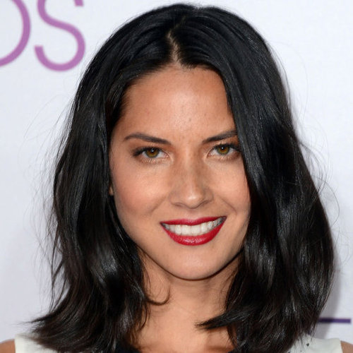 Pictures of Olivia Munn at the 2013 People's Choice Awards