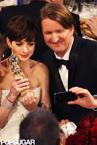 Anne Hathaway and Tom Hooper took a photo together at the 2013 Golden Globes.
