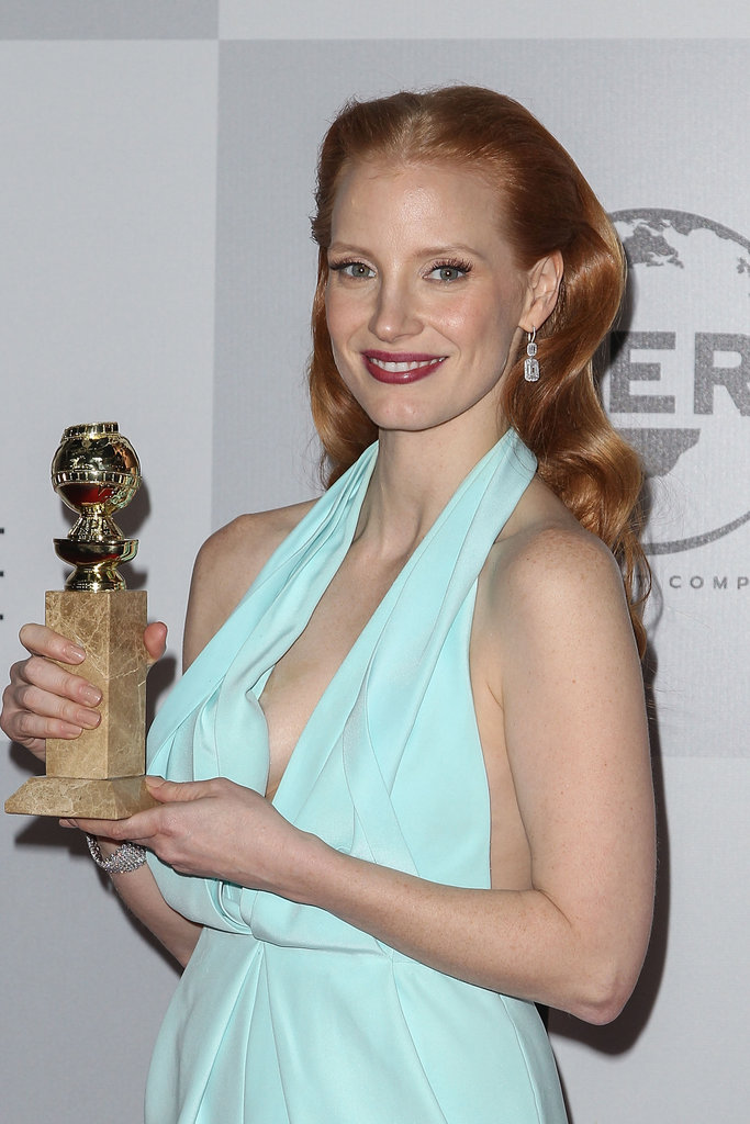 Jessica Chastain showed off her Golden Globe award.
