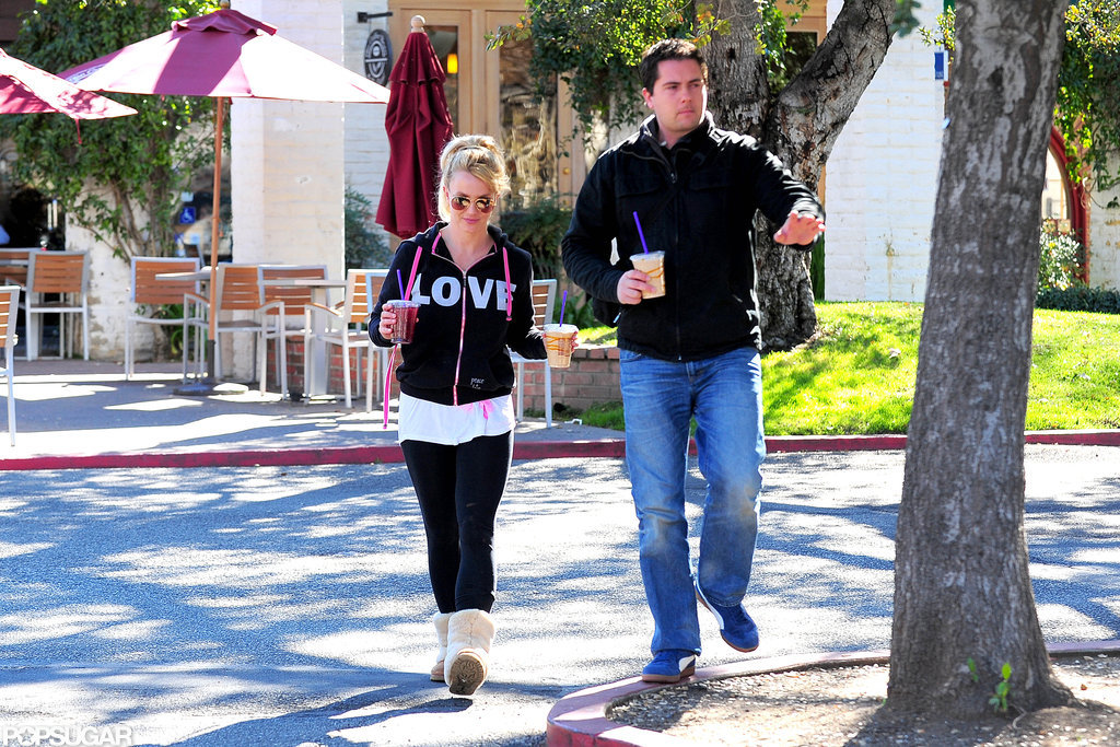 Britney Spears grabbed smoothies for two.