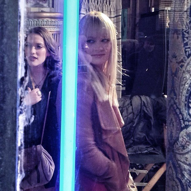 Beth Behrs and Kat Dennings filmed a night scene for 2 Broke Girls. Source: Instagram user bethbehrsreal