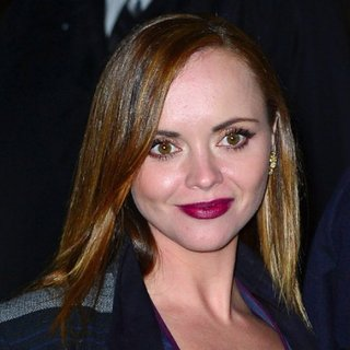 Beauty News: Christina Ricci Designs Bag For Makeup For Ever