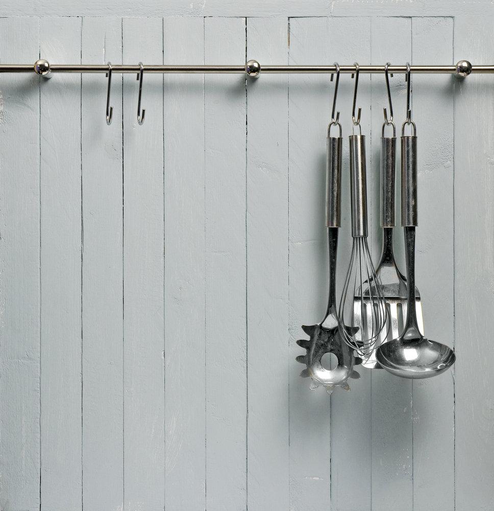 Hang Cooking Utensils