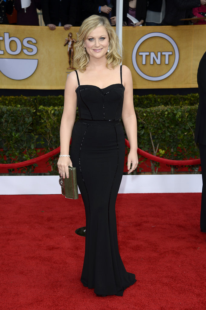 Amy Poehler wore a black gown to the SAG Awards.