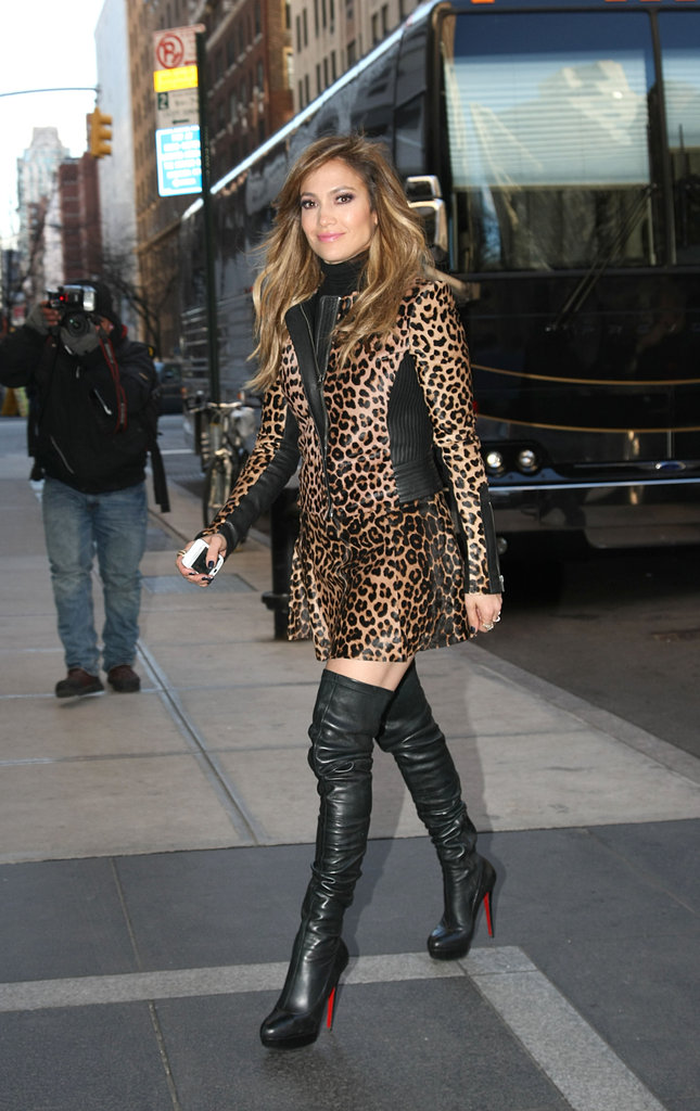 Jennifer Lopez showed off her brunette waves in NYC.