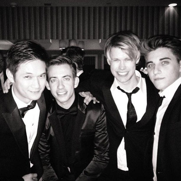 Glee's male representatives bonded at the SAG Awards. Source: Instagram user kevinmchale