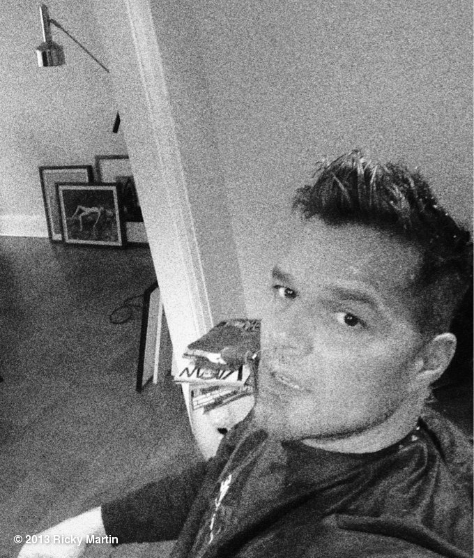 Ricky Martin snapped a photo of his new haircut. Source: Twitter user ricky_martin