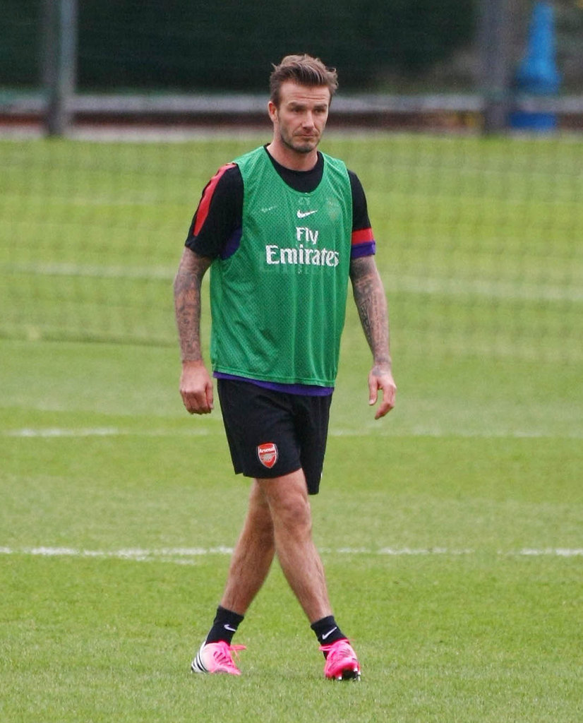 David Beckham joined the Arsenal club on the soccer field.