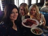 Casey Wilson ate bacon on the set of Happy Endings with her costars Eliza Coupe and Elisha Cuthbert. Source: Twitter user AndyRichter