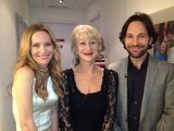 Leslie Mann and Paul Rudd met Helen Mirren while touring for This Is 40. Source: Twitter user JuddApatow