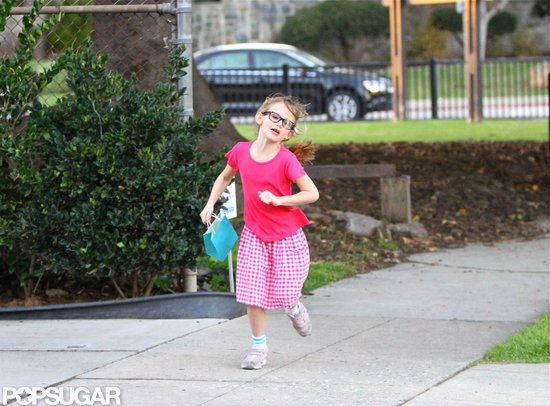 Violet Affleck wore a pink outfit for a trip to the park with mom Jennifer Garner.