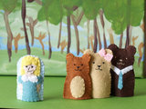 Rain Drop Stops Goldilocks Puppet Set