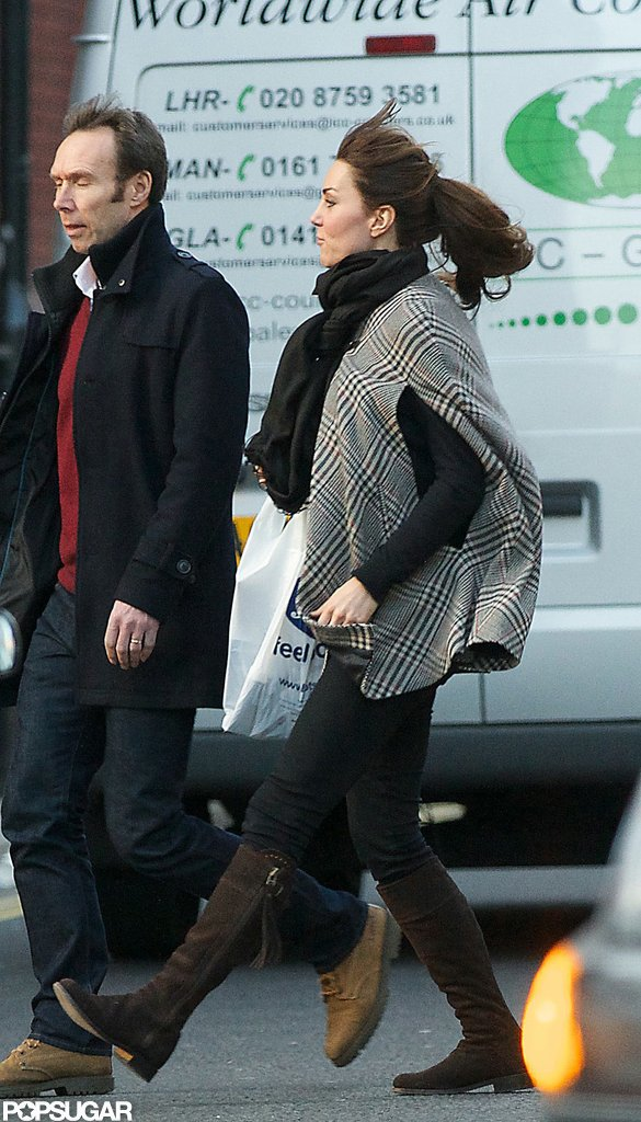 Pregnant Kate Middleton shopped for maternity clothes in London.  Source: Topstar Pictures