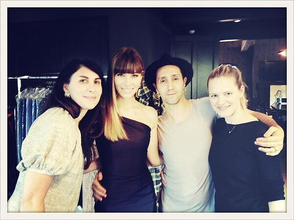 Jessica Biel took a picture with her beauty crew before heading to the Grammys. Source: Twitter user JessicaBiel