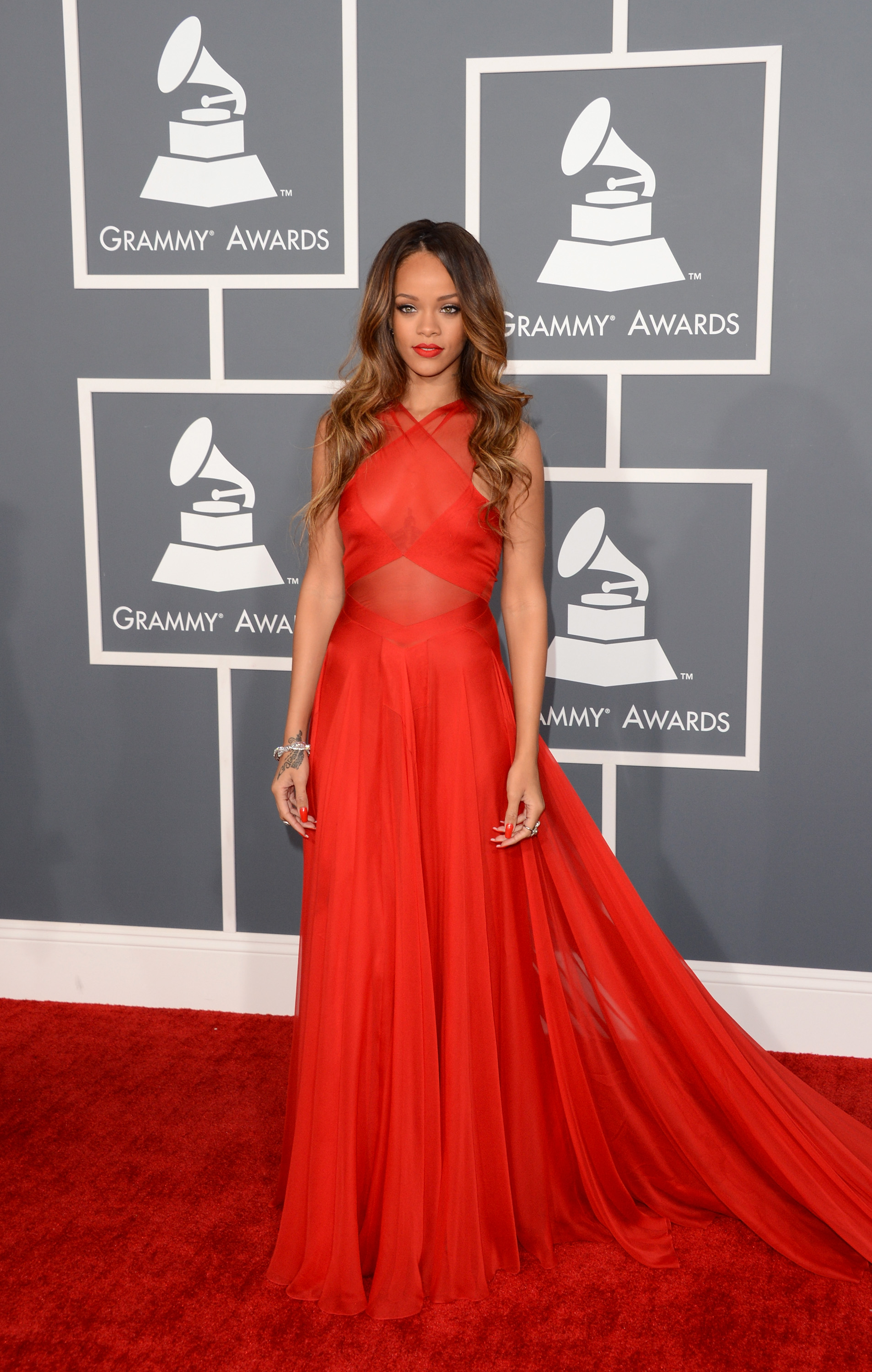 Rihanna wore a red Azzedine Alaïa gown for the Grammy Awards.
