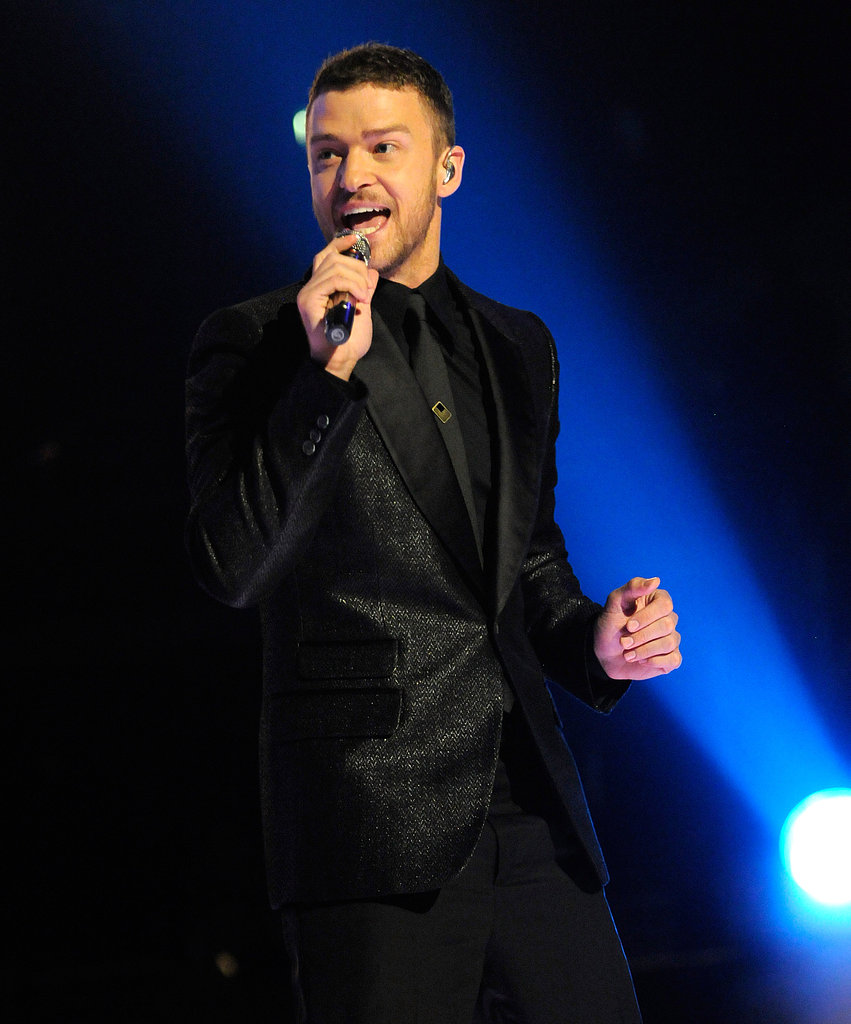JT belted out a song at the 2009 Grammys.