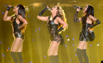 Beyoncé's Super Bowl Touchdown — and More of Today's Top Headlines
