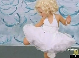 "(VIDEO) 3-Year-Old Goes on TV as a ""Sexy"" Marilyn Monroe"